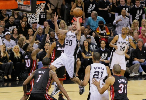 Manu always finds an opening.  (Photo by Kevin C. Cox/Getty Images)