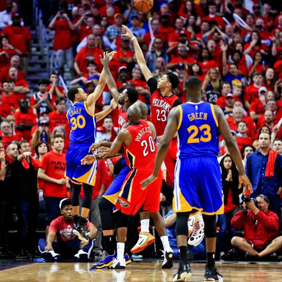 Steph Curry's game-tying corner three-pointer in Game 3 vs. New Orleans