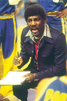 Warriors coach Al Attles heading the 1975 team. (image: baysportspublishing.com)